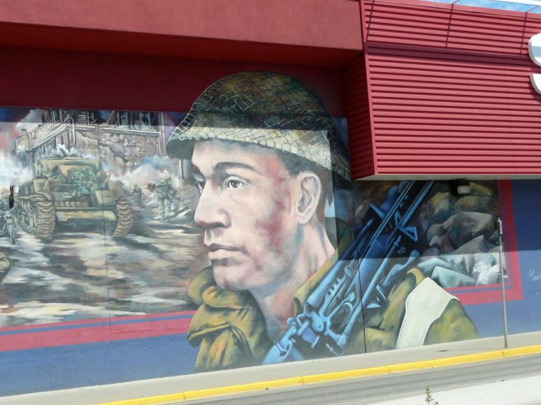Detail - World Wars Mural - south wall - 3203 - 32nd St. Vernon, B.C.